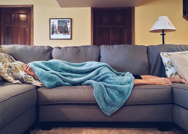 pohodlný gauč.jpg
